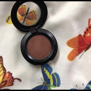 New WITHOUT Box MAC Malibu Bronze Eyeshadow